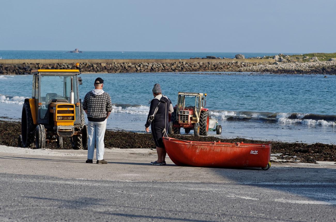 Le Curnic, port du Curnic, tracteurs, pêche, godille, bretons, Guissény, bretagne, finistère