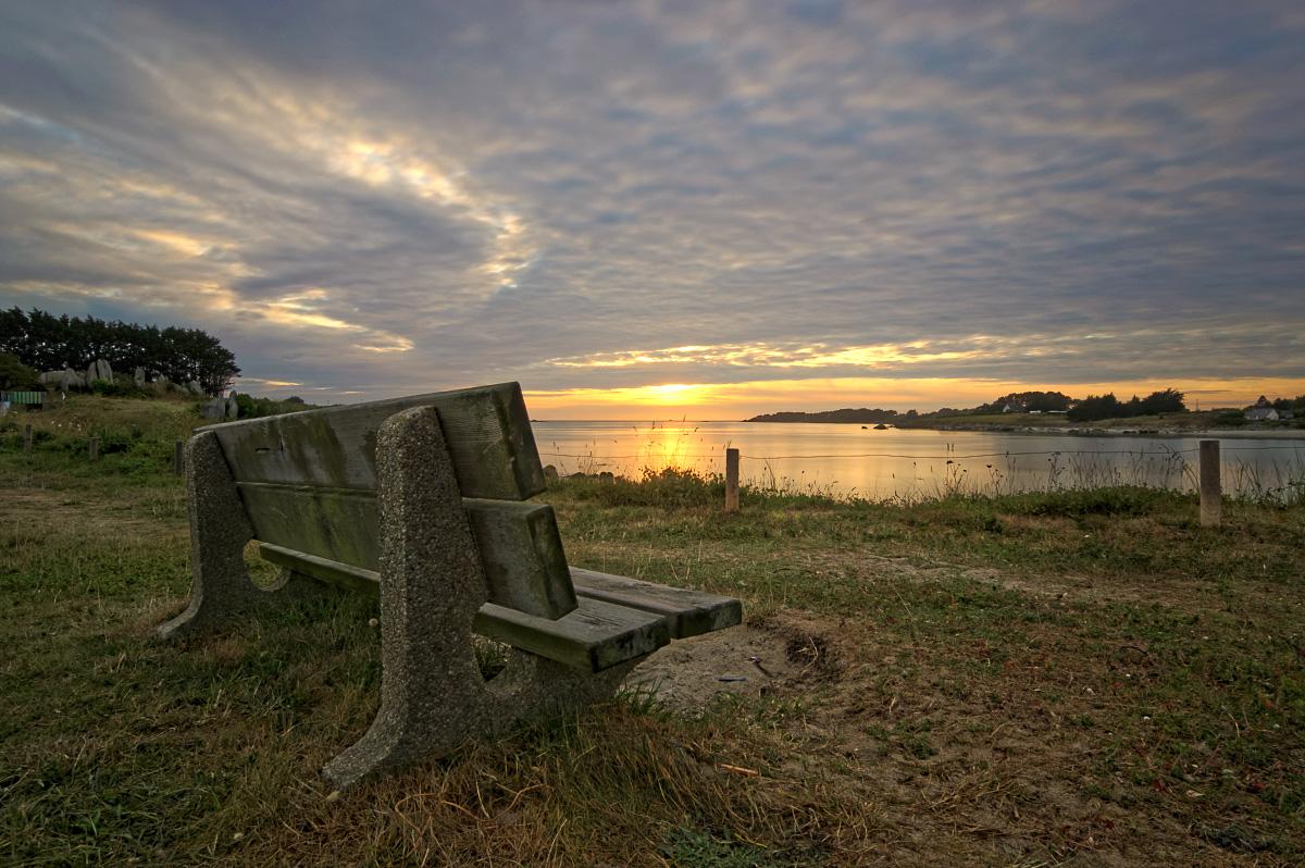 coucher de soleil, pose longue,fin du jour, baie de Guissény, banc à la baie de Guissény, Guissény, finistère, bretagne