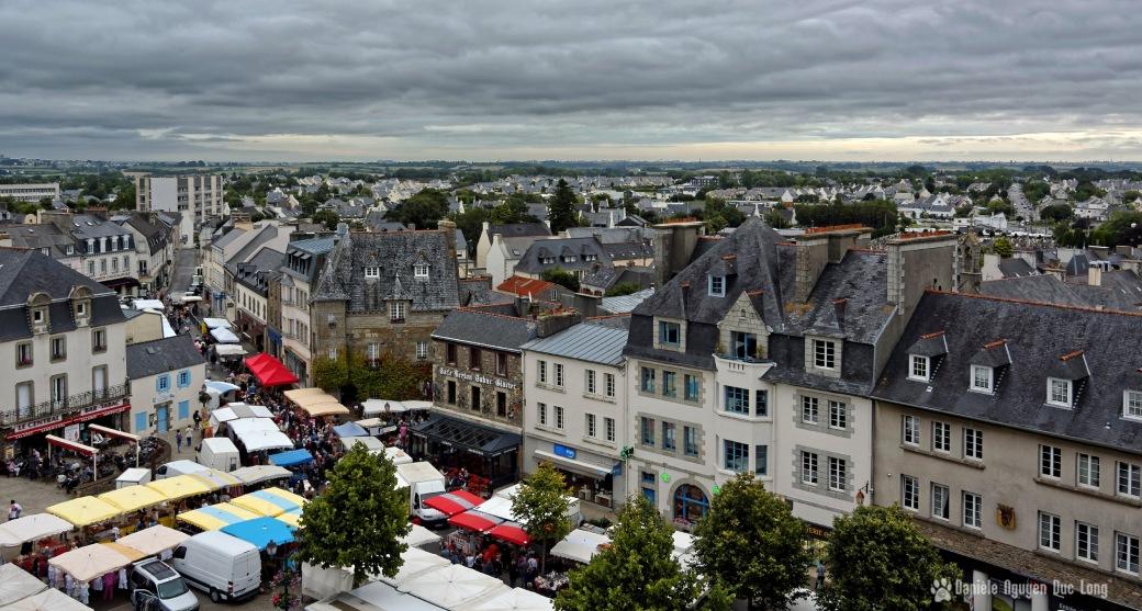 place du marché Lesneven depuis le clocher de St-Michel 01 (1), bretagne, finistère