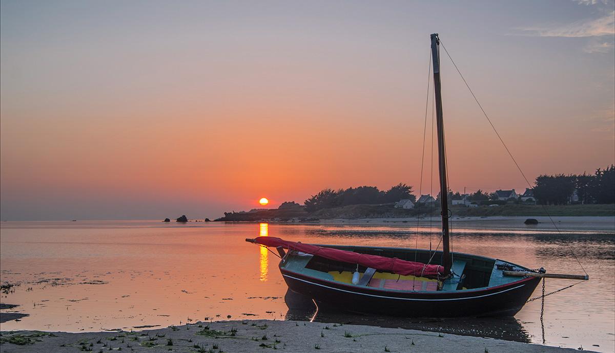 coucher de soleil baie et bateau, coucher de soleil, Guissény, finistère, bretagne