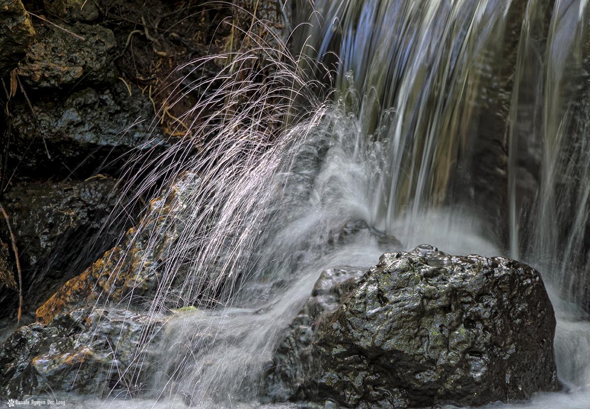 Feux d artifice d eau la tribu d 39 anaximandre des for Ouvre la fenetre translation