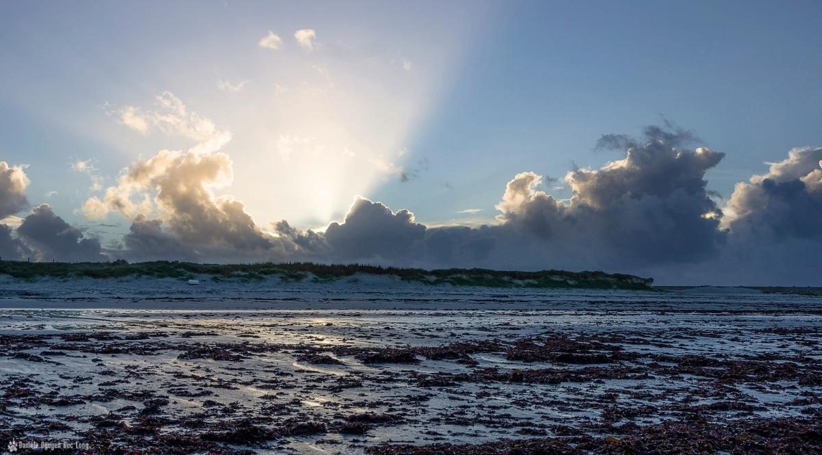 lire le ciel contre jour soleil couchant Curnic noel