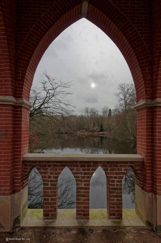 châtaigne pont à l'étang de 3 ducs, pont des amours, étangs de Bonnelles, Bonnelles, château duchesse d'Uzes, pont des amours,