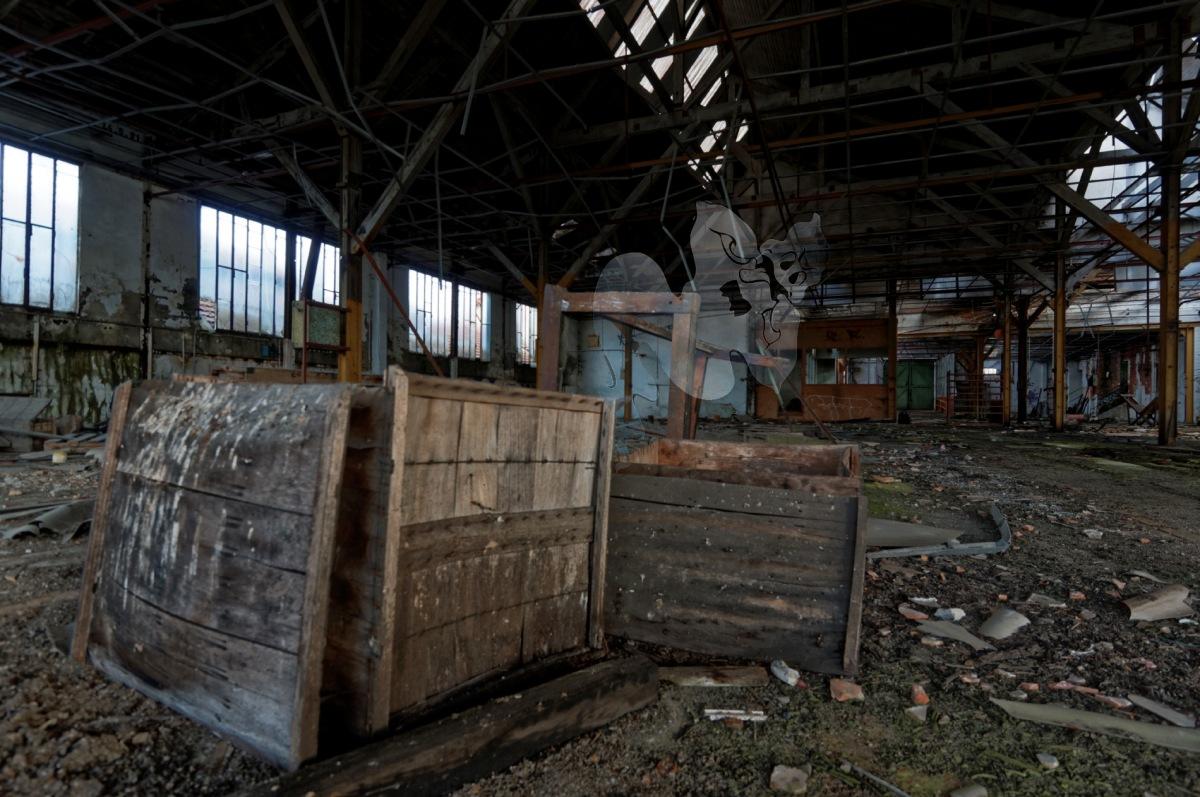 usine du souvenir fantôme boîtes, urbex, friche industrtielle, usine, exploration urbaine