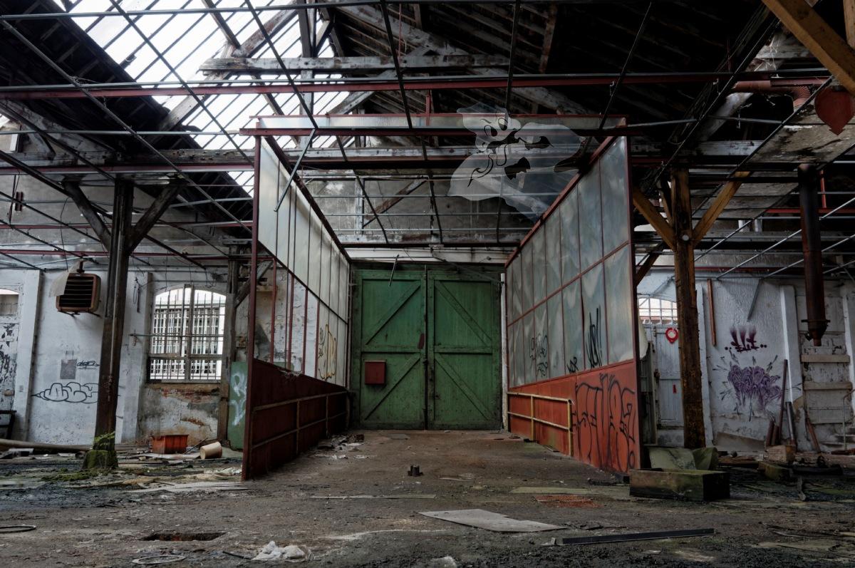 usine du souvenir fantôme entrée, , urbex, friche industrtielle, usine, exploration urbaine