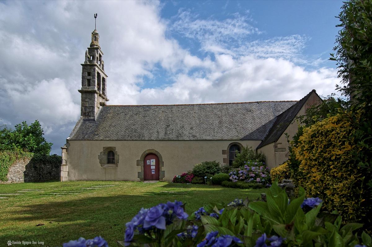 chapelle Guicquelleau côté, Folgoet, bretagne Finistère