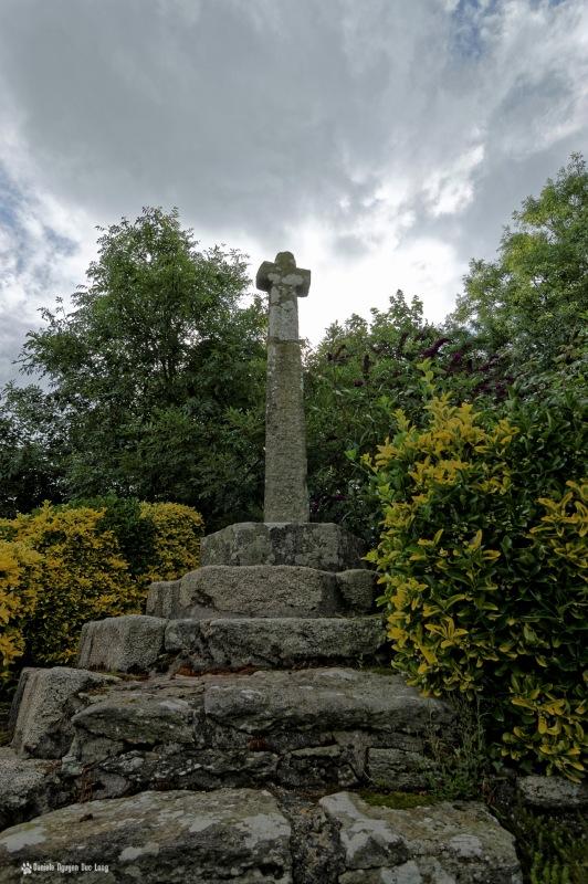 croix 2 chapelle Guicquelleau, calvaire à la chapelle Guicquelleau, calvaire, Folgoet, Bretagne, Finistère