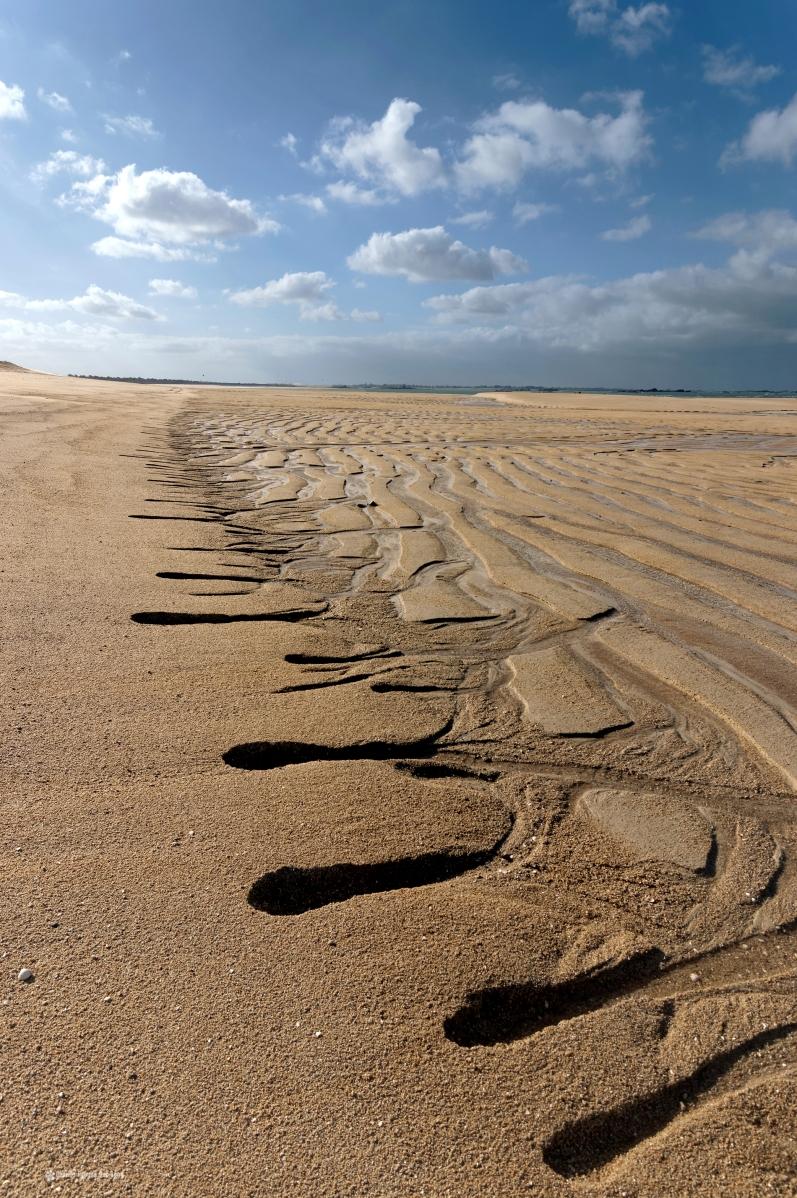 sculptures naturelles sur le sable plage dunes de keremma, plage dunes de keremma 01, dunes de Keremma, plage, Plouescat, mer, sable, finistère, bretagne