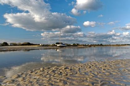 matin baie de guissény reflets nuages