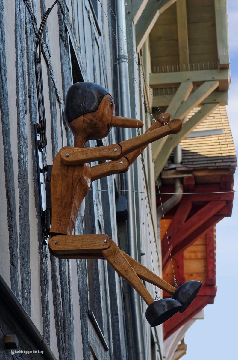 pinocchio façade maison profil