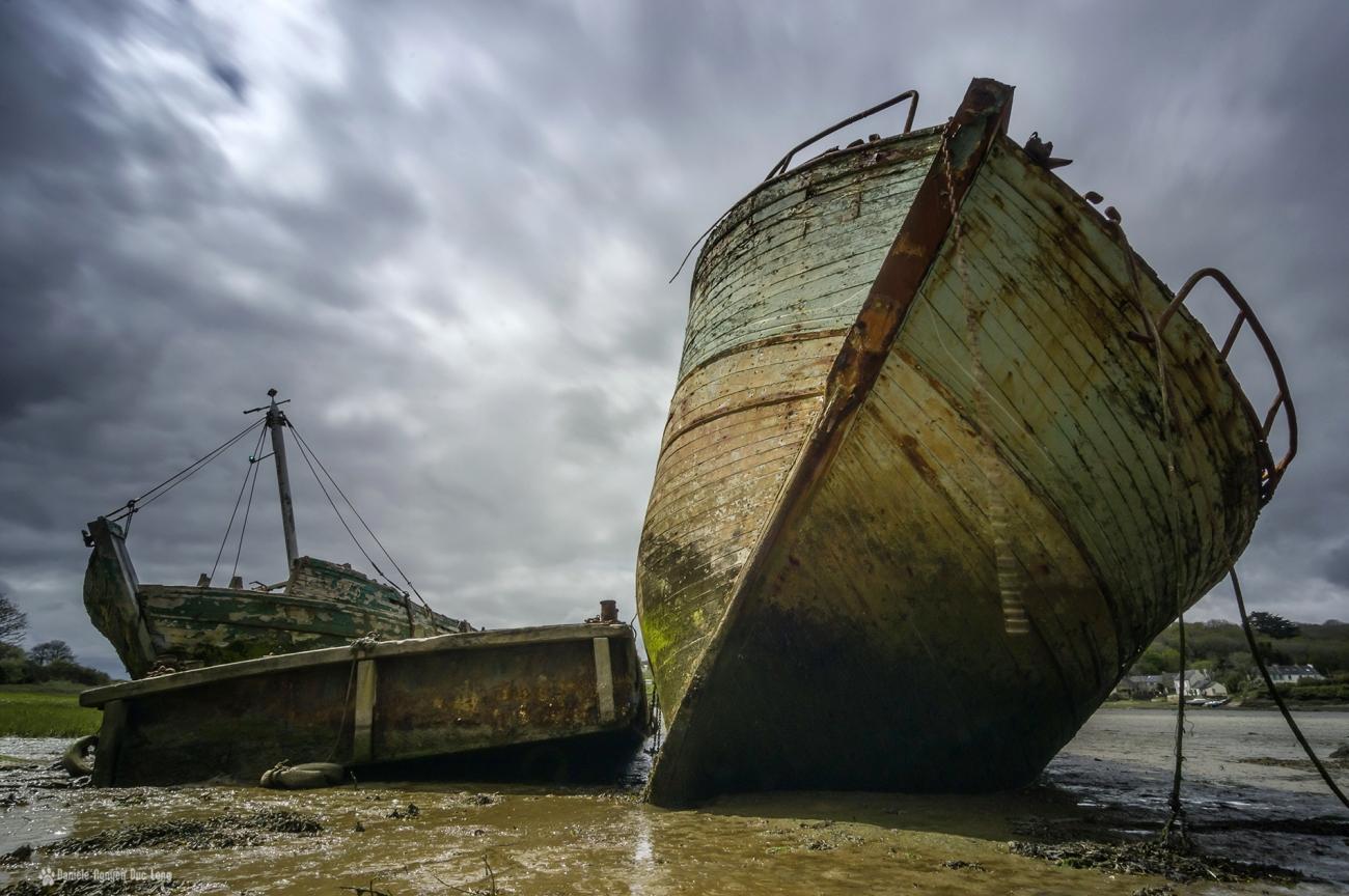 pose longue épaves l'auberlac'h 2 coques face et barge, pose longue épaves l'auberlac'h algues, anse de St-Guénolé, les épaves de St-Guénolé, les épaves de Lauberlac'h,