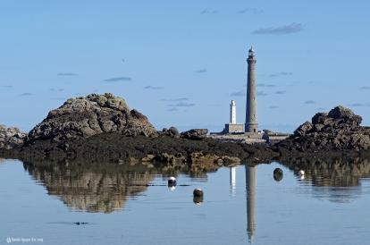reflets phare de l'Ile Vierge