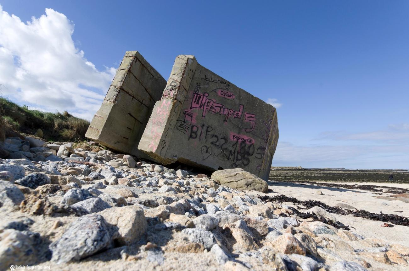 blockhaus ras des cailloux , Saint-Cava, l'Ile Vrac'h, finistère, bretagne,vestige de guerre