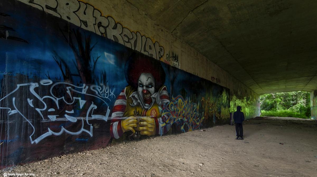 tunnel A10 Tom clown, street art, tag,