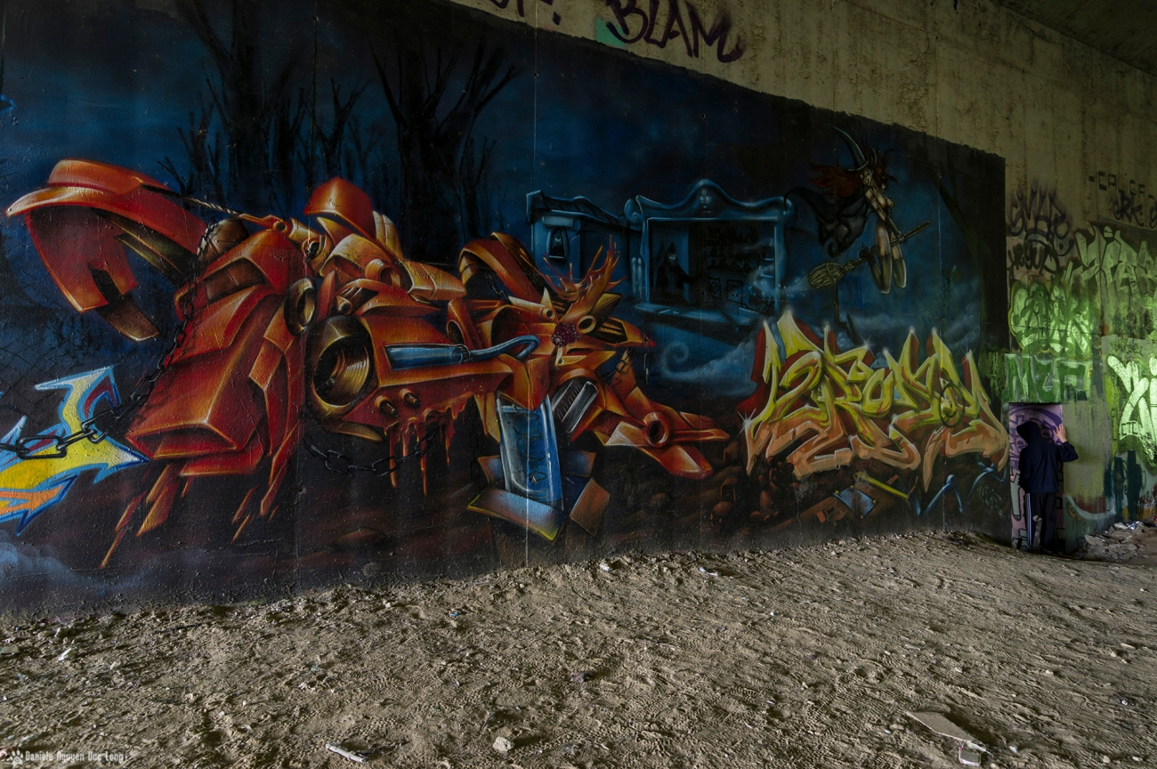 tunnel A10 sorcière Tom , street art, tags