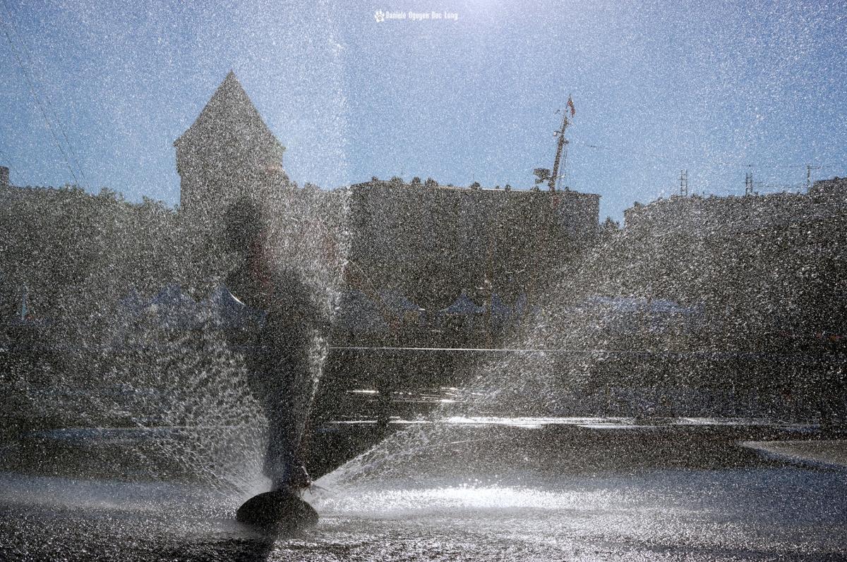Brest 2016 jet d'eau et jeux d'enfants 01 copie