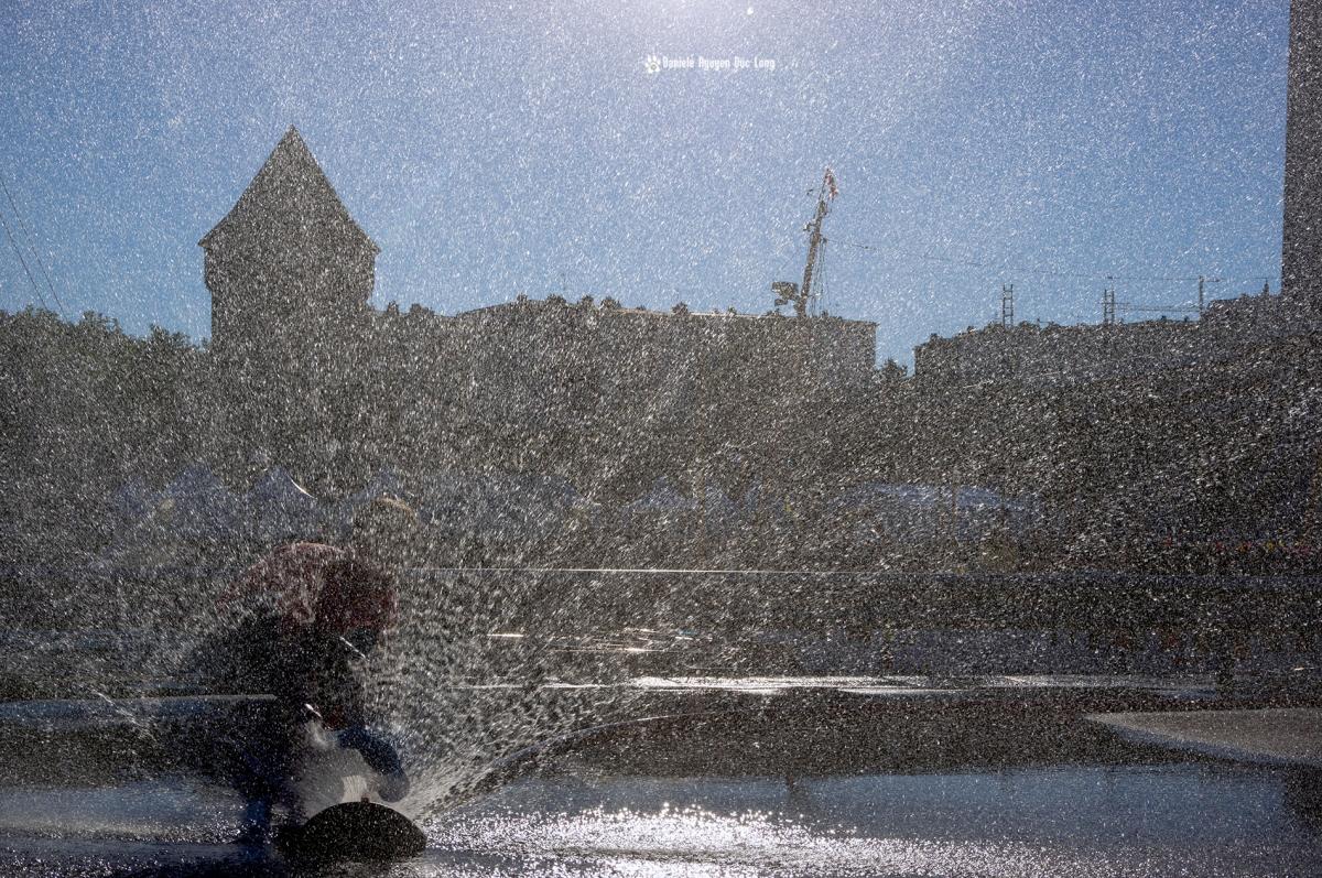 Brest 2016 jet d'eau et jeux d'enfants 02 copie