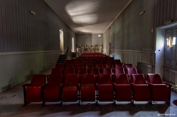 hôpital plaza salle du théatre et projection_prise depuis la scène