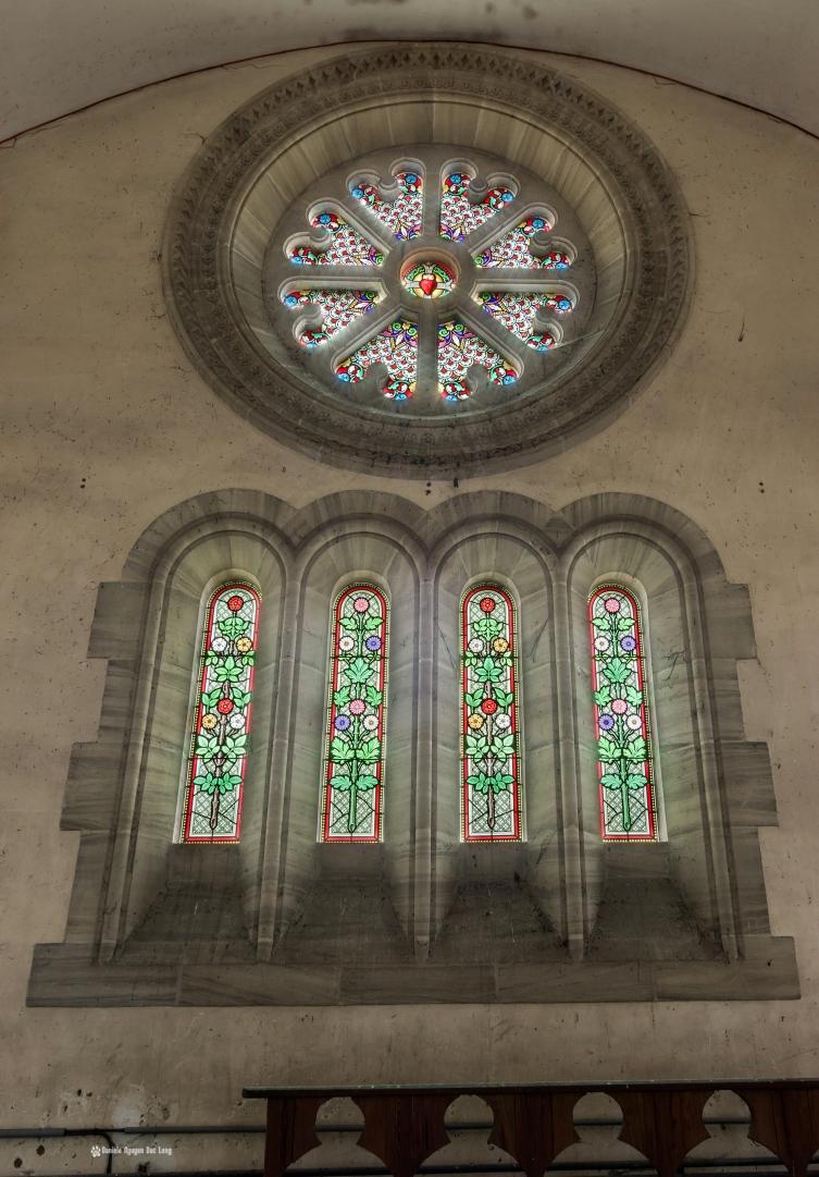vitraux narthex01 copie