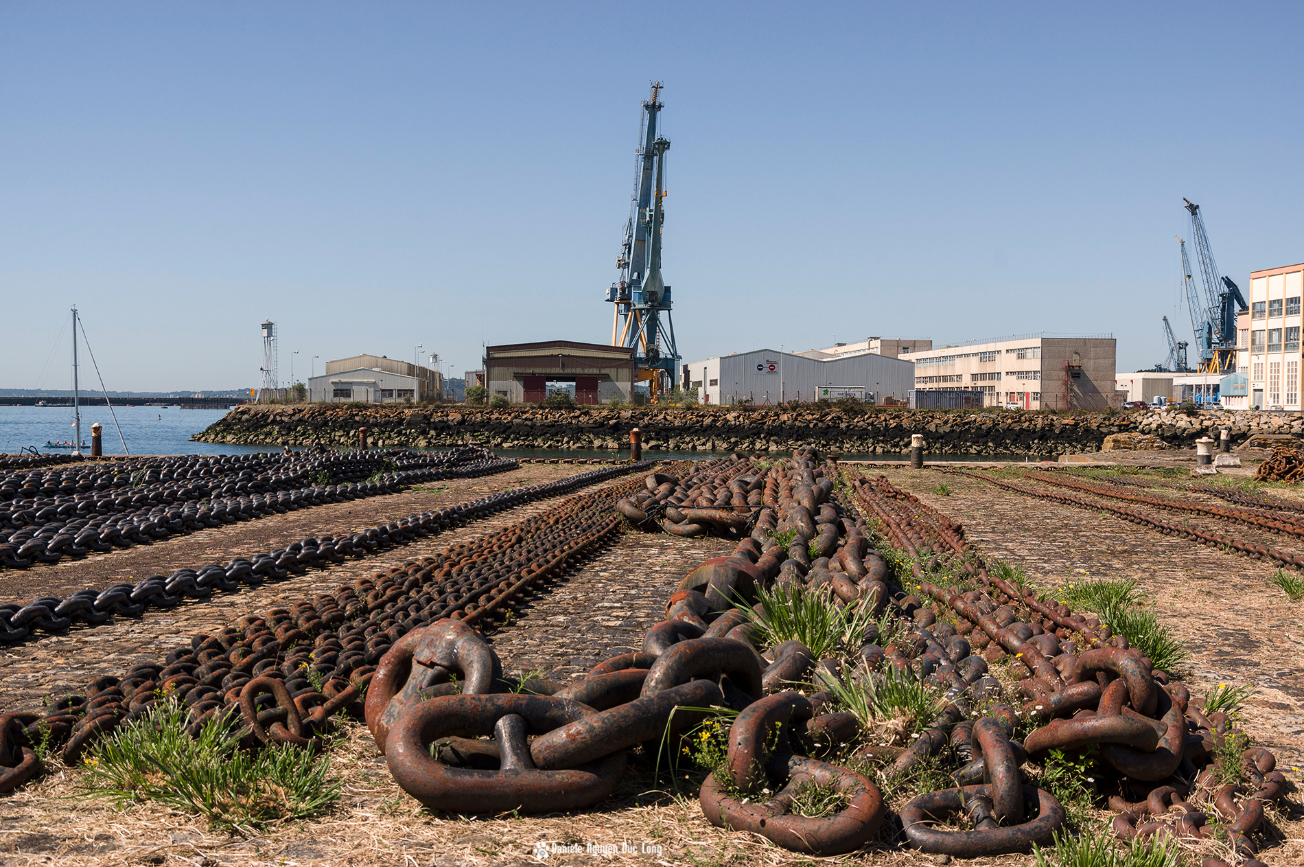 Brest 2016 briser ses chaines la tribu d 39 anaximandre for Ouvre la fenetre translation