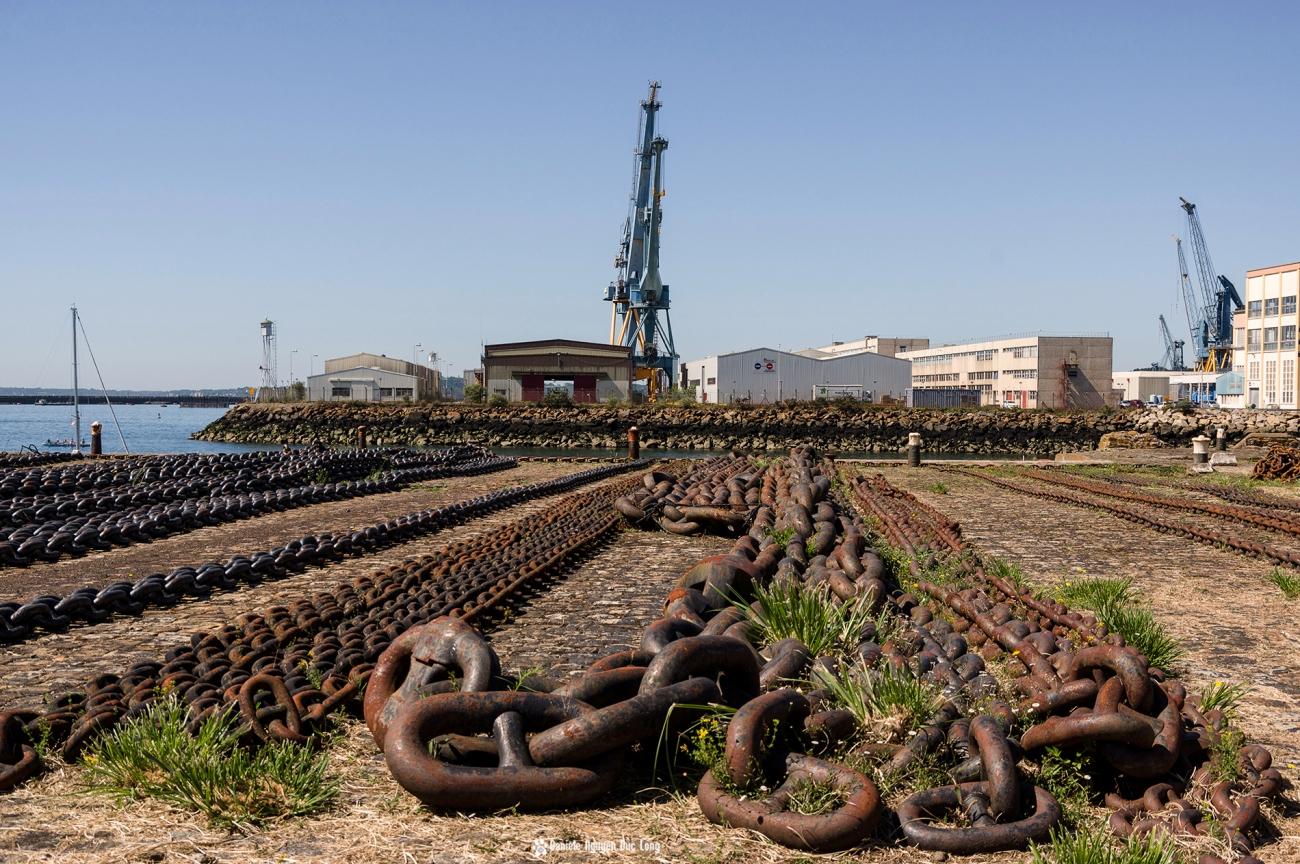 Brest 2016 chaînes d'amarrage au port sortie de la Penfeld,