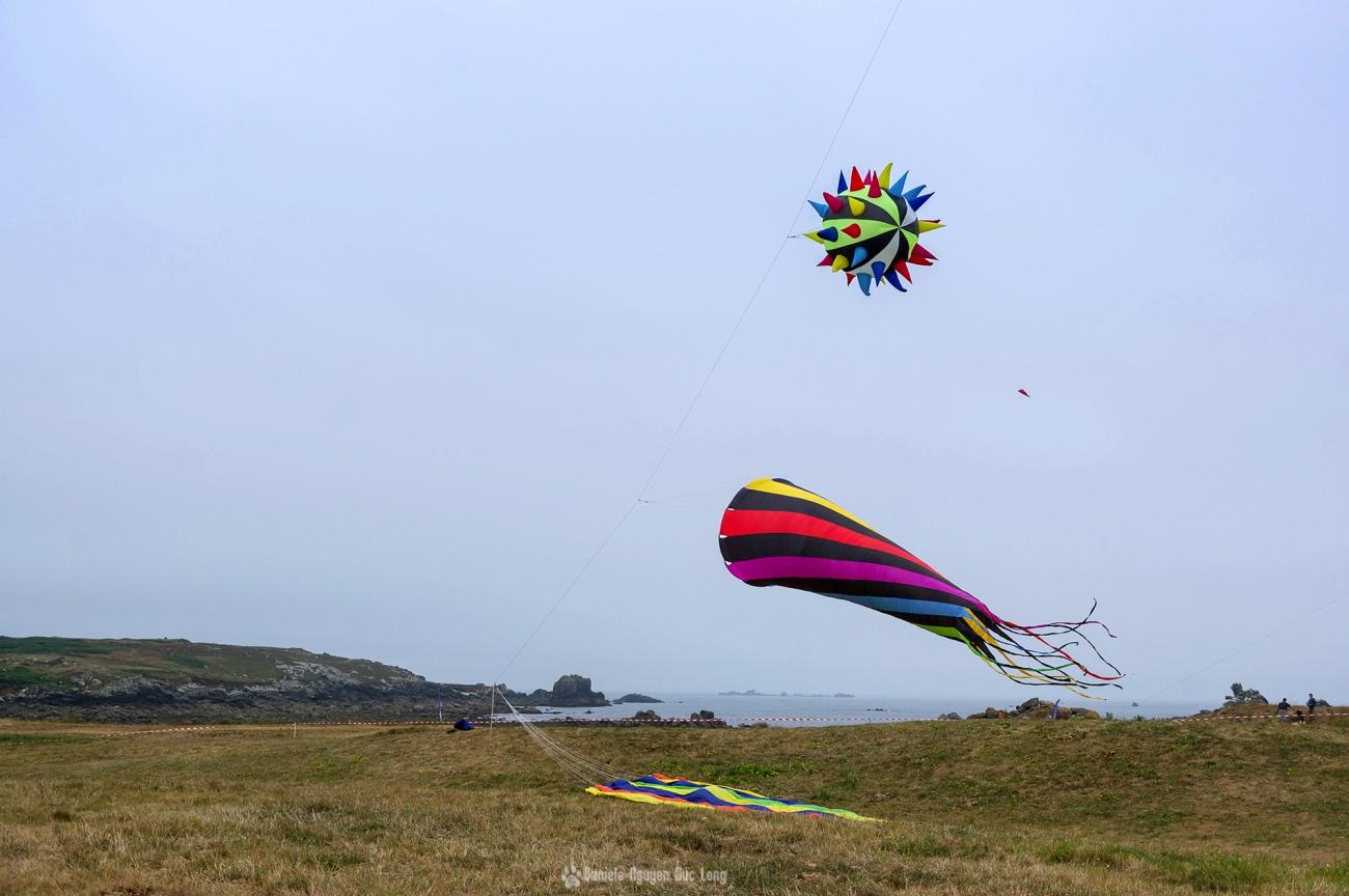 cerf-volant-cone-et-boule-pic , festival du vent et du cerf-volant à Pospoder, Pospoder, Bretgne, Finistère