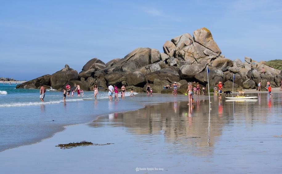 les-amiets-a-la-plage-rochers-et-reflets-copie