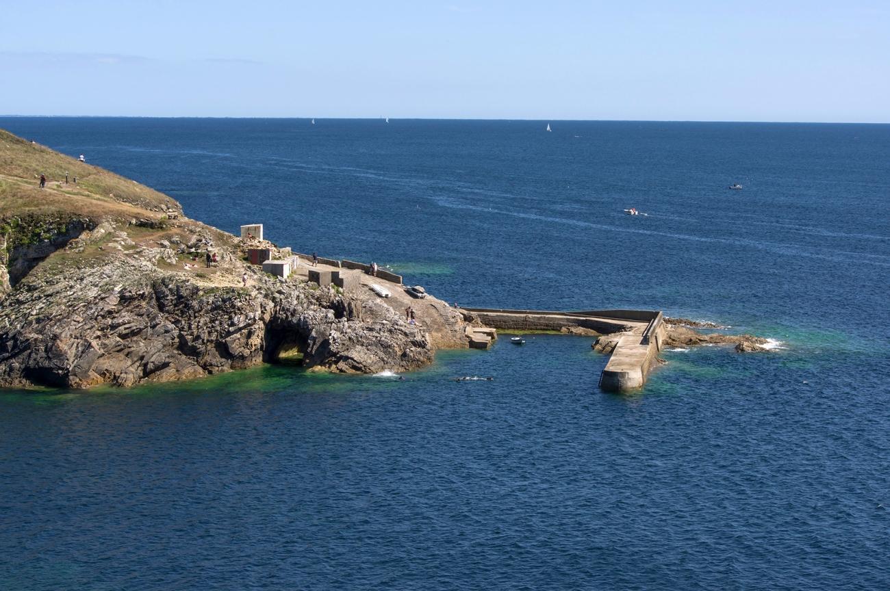 pors-loubous-vue-generale-depuis-le-chemin-cotier-, Pors Loubous, Plogoff, Bretagne, Finistère