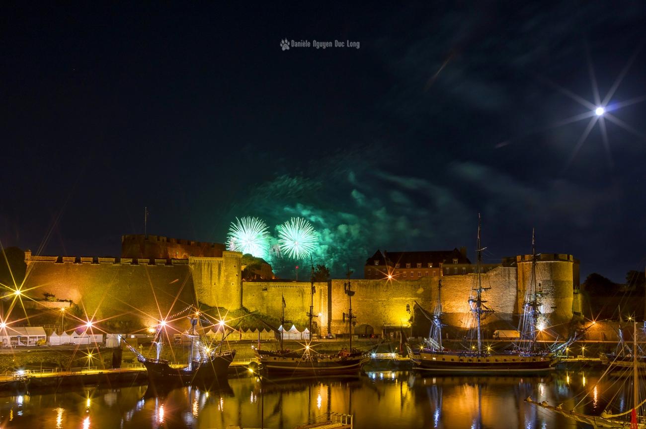 brest-2016-feu-dartifice-vert-sur-le-chateau-copie