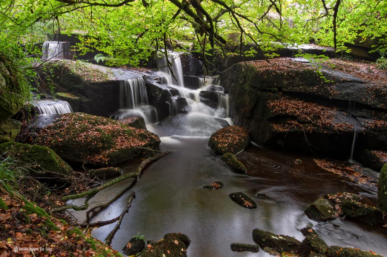 cascade-st-herbot-vue-den-haut-, pose longue, automne
