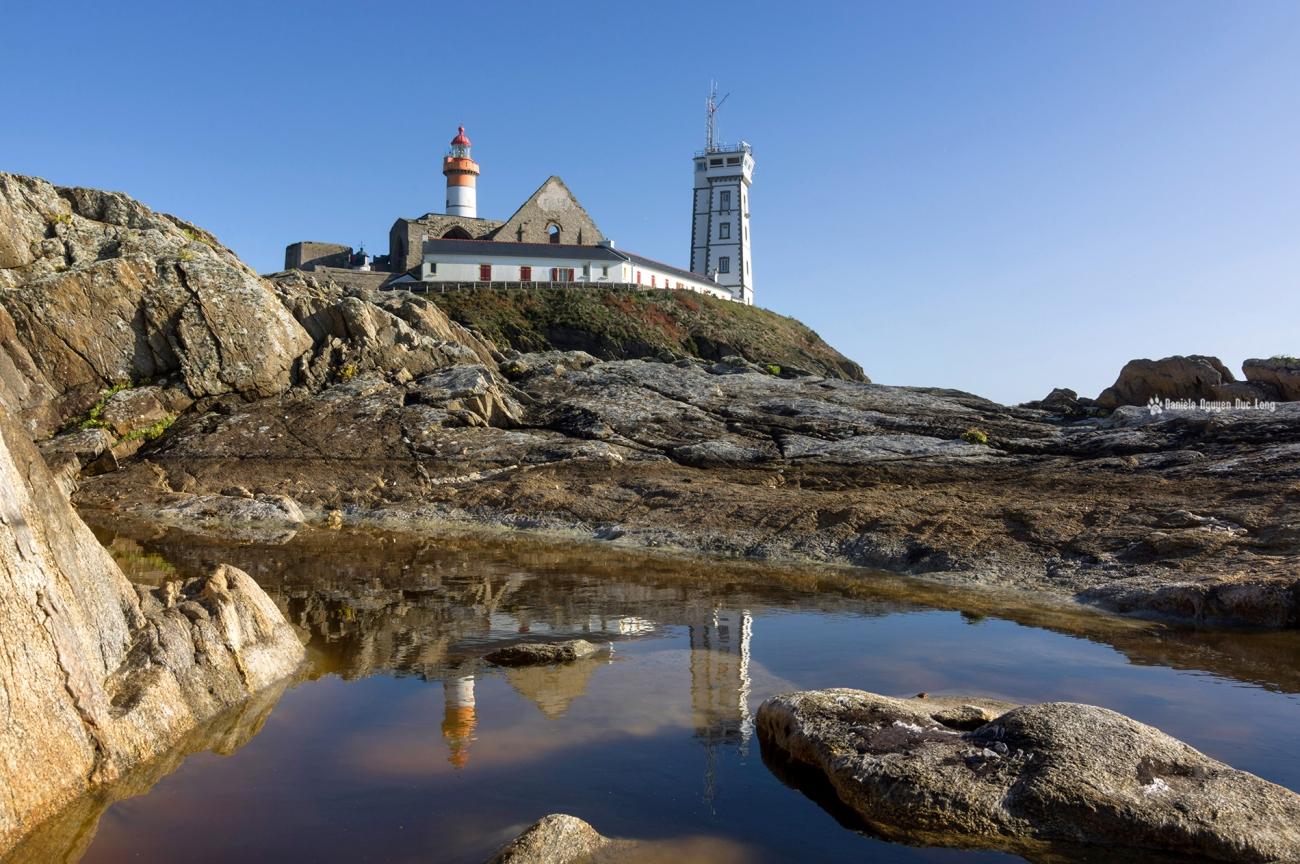 phare-st-mathieu-reflet-trou-deau-couleurs d'automne, Pointe St-Mathieu, Bretagne, Finistère