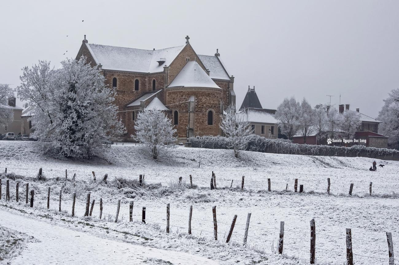 neige-du-1er-de-lan-basilique-et-luge-copie