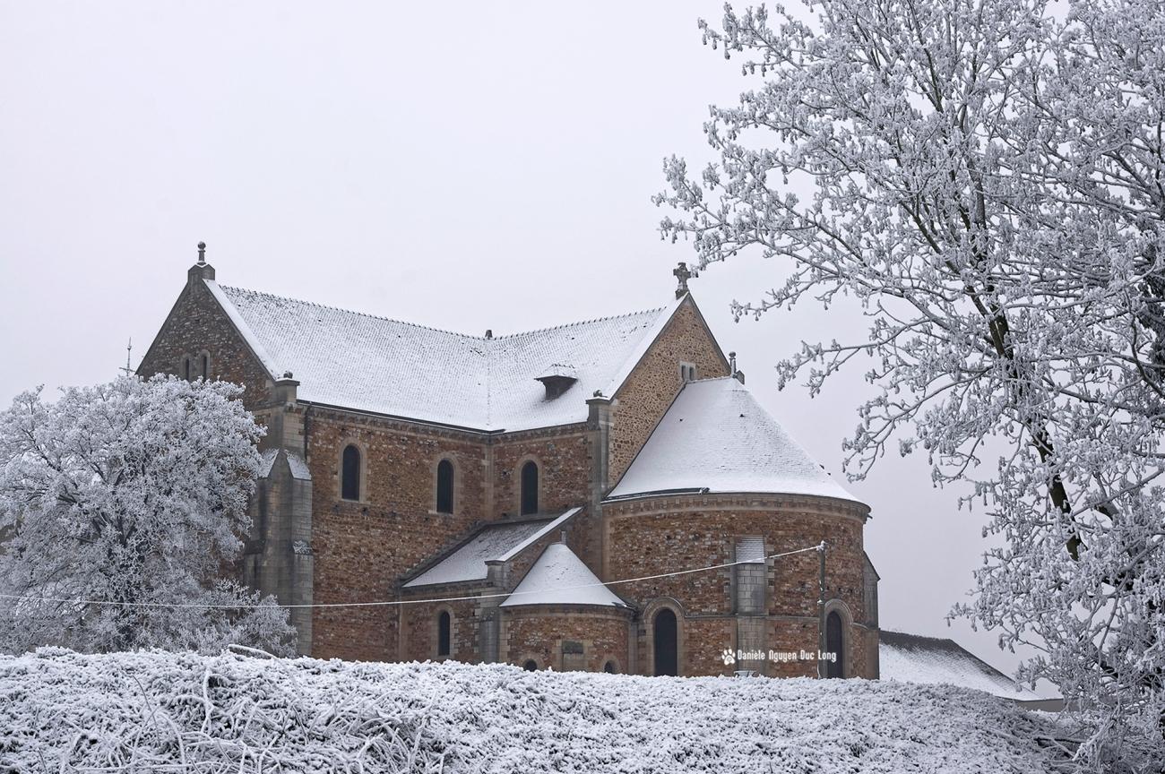 neige-du-nouvel-an-basilique-de-longpont-01-copie