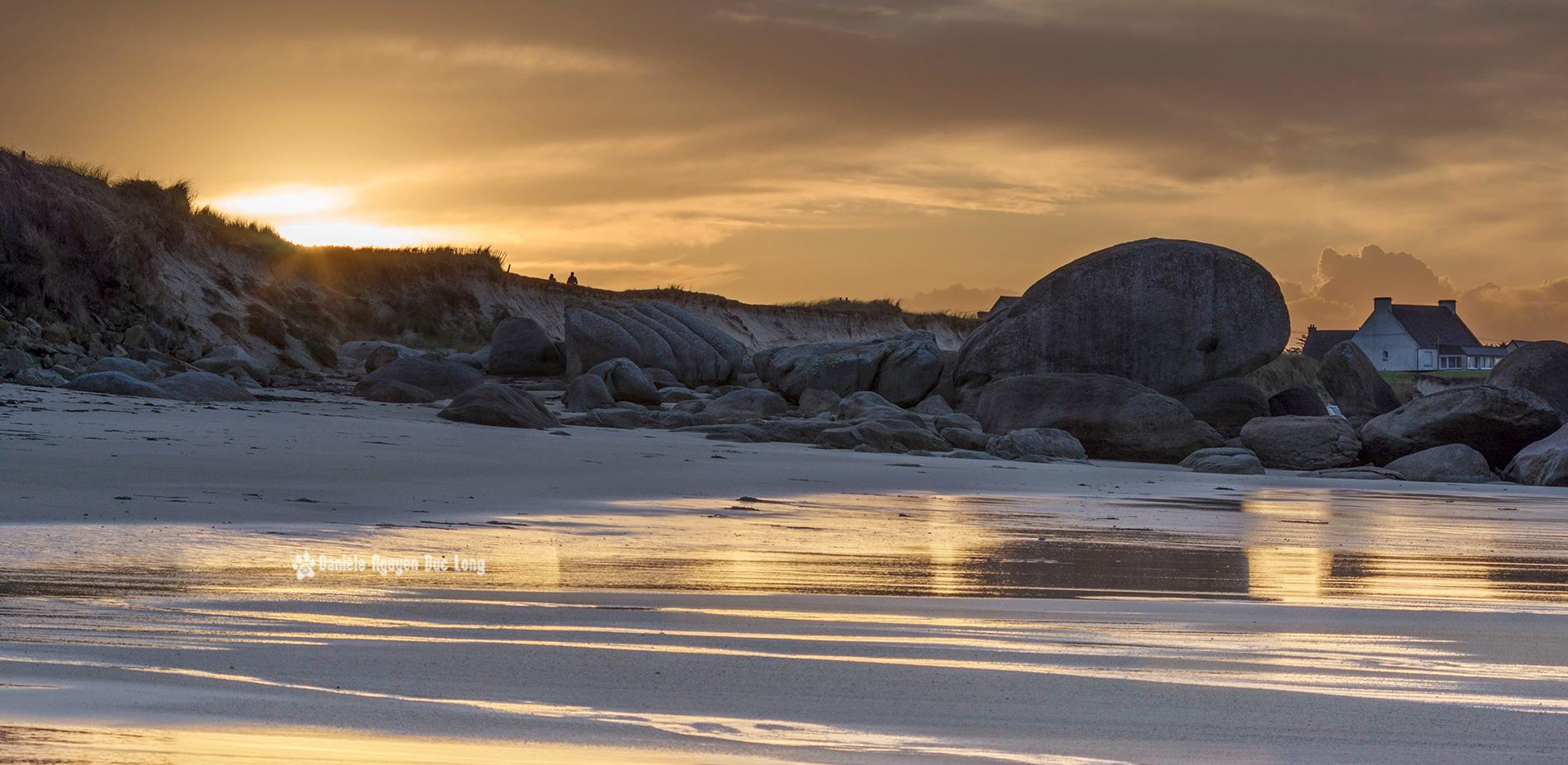 Une plage en or la tribu d 39 anaximandre des photos au for Ouvre la fenetre translation
