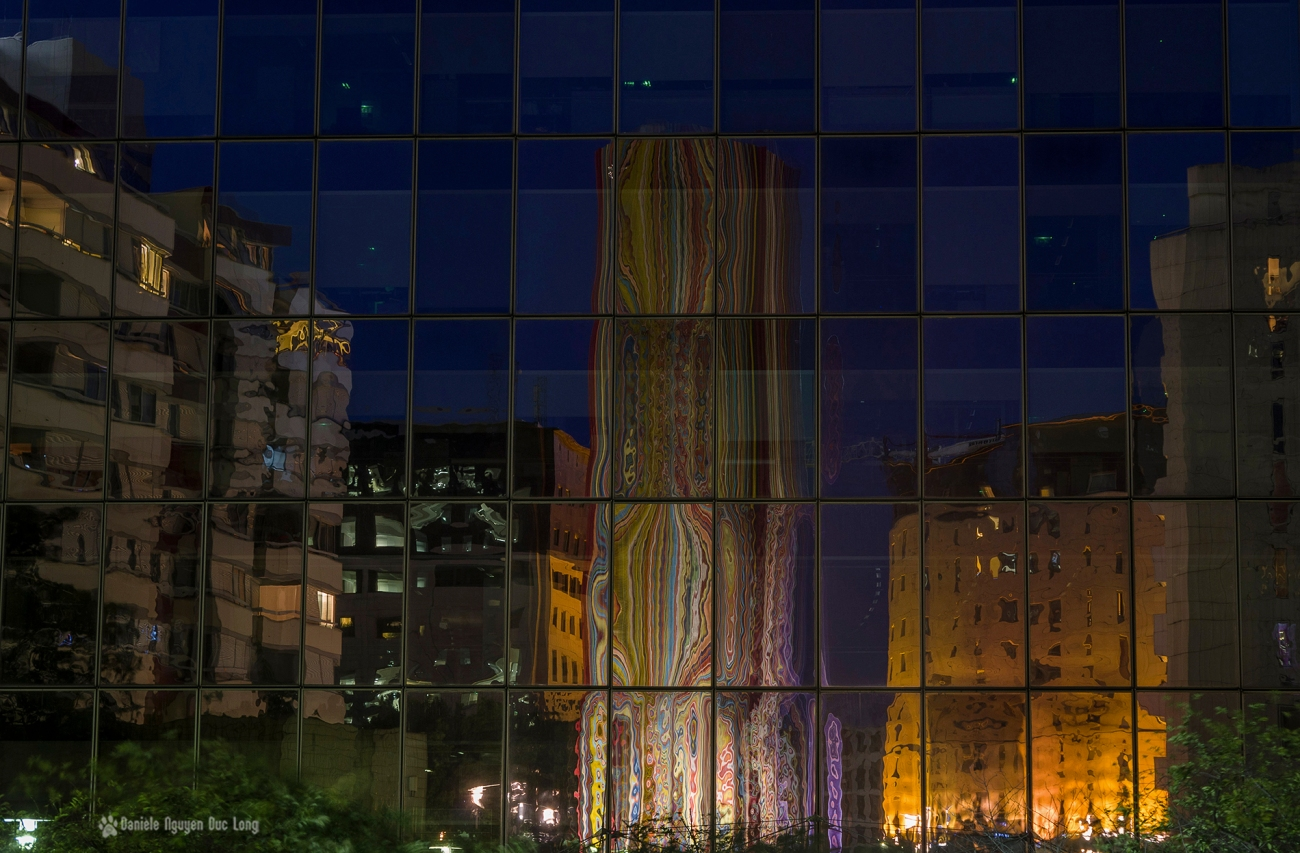 reflets cheminée Raymond Moretti, La Défense
