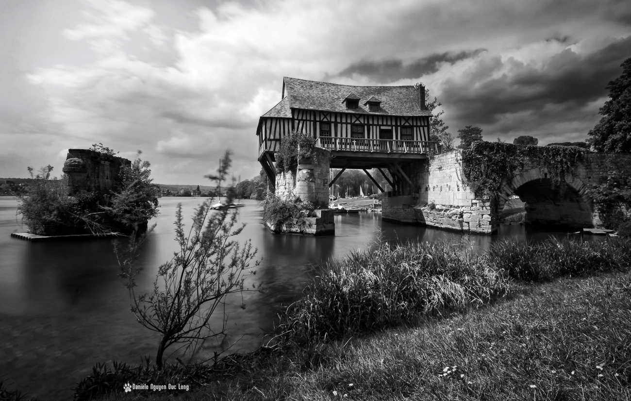 Le Vieux-Moulin de Vernon, à colombages, Vernon, Eure,