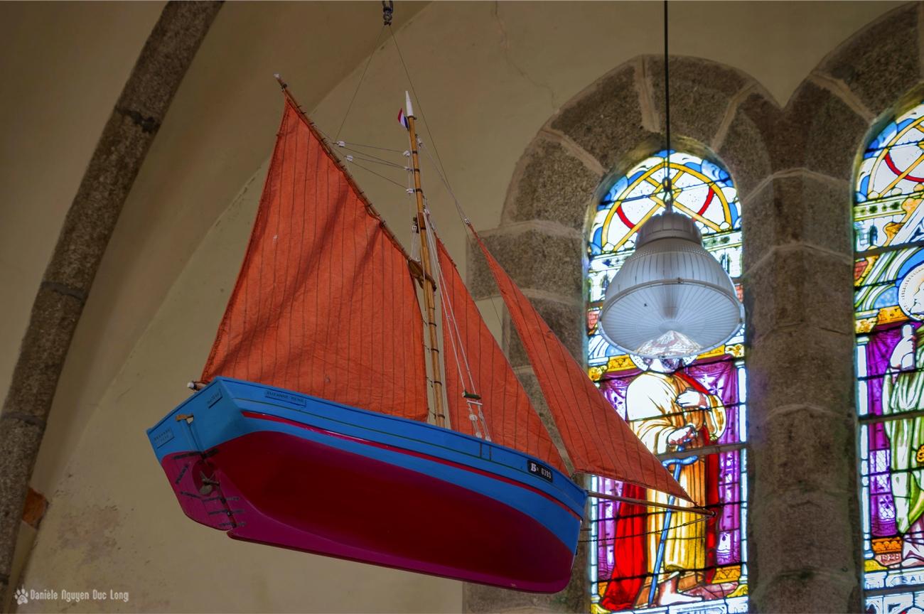 ex voto maquette de bateau église de Molène réplique du Suzanne - René