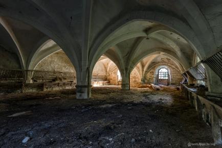 château Stromaé église transformée en étable1 copie