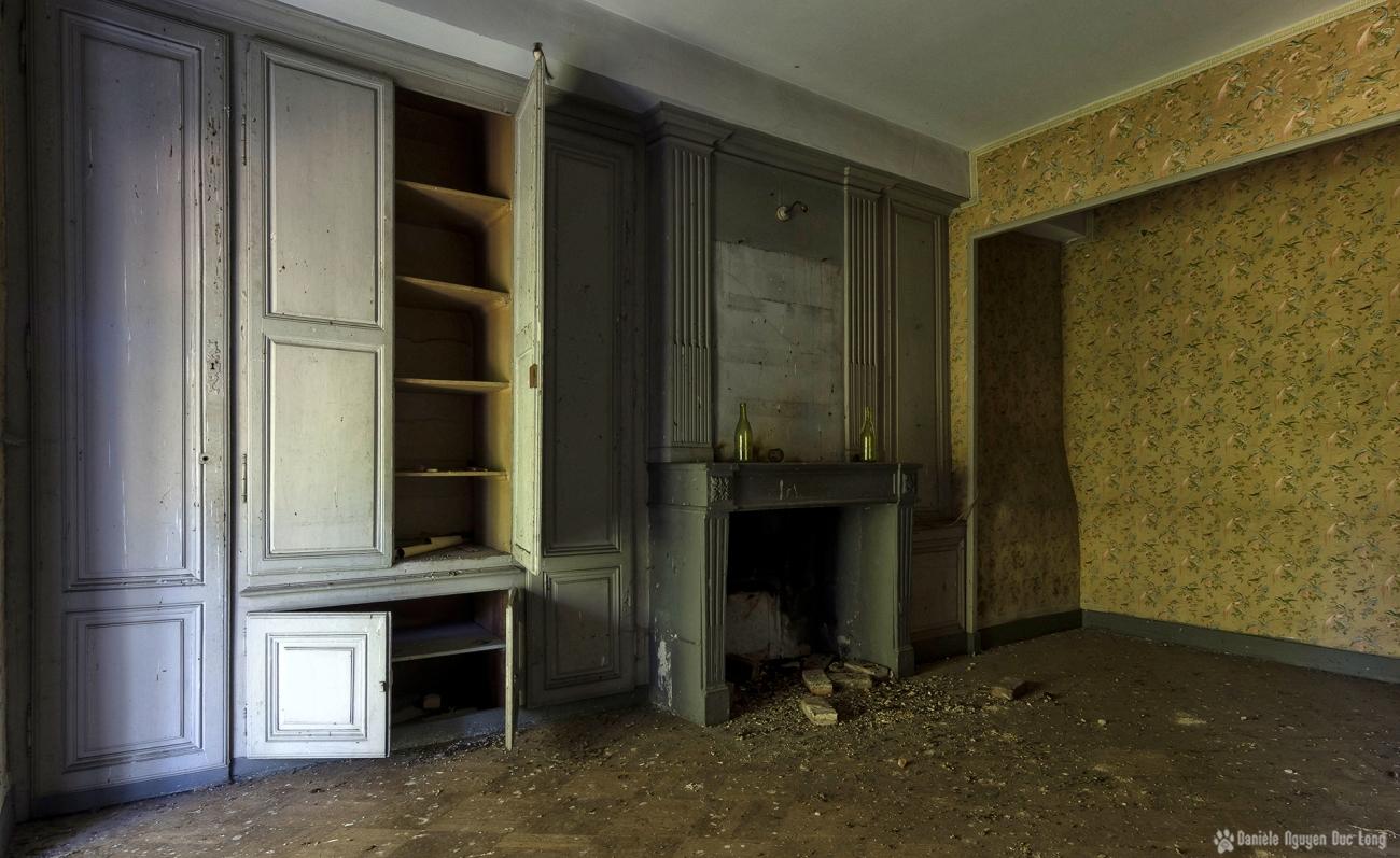 urbex château Stromae chambre aux hirondelles