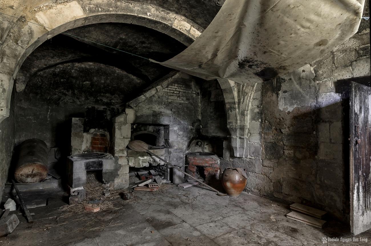 urbex château Stromae, four à pain