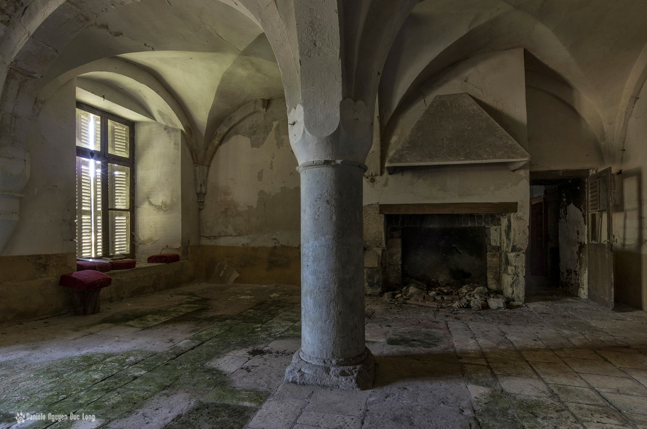 château Stromae urbex