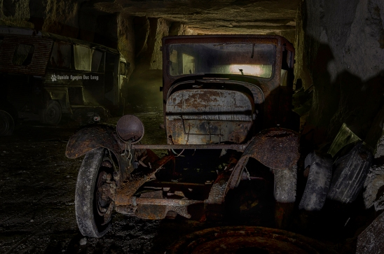 Trésors de Guerre voiture à l'entrée copie2 blog