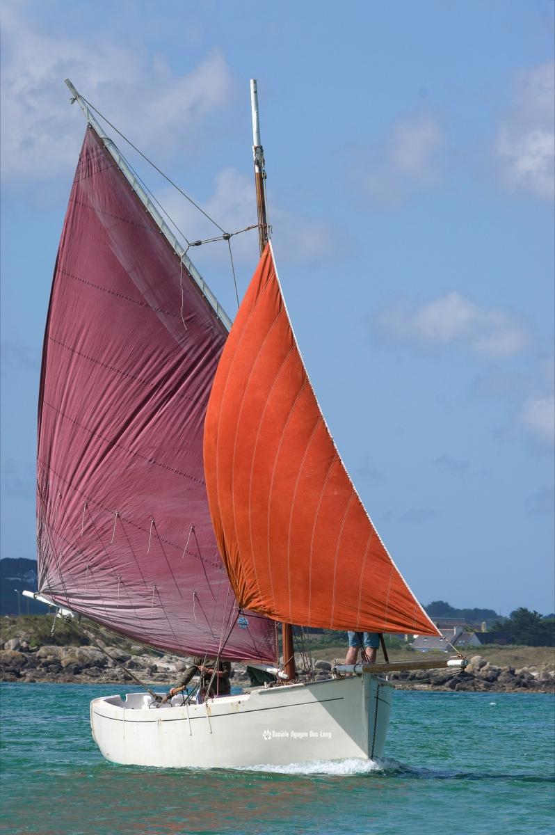 """vieux gréement """"Brigitte"""" baie de Guissény, Bretagne, Finistère"""