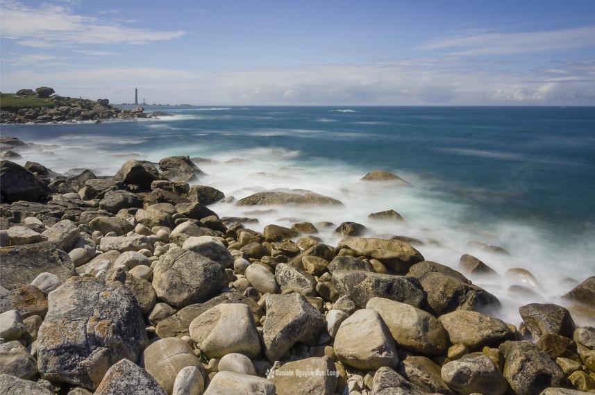 pose longue Beg Monon vue sur le phare de l'île Vierge copie