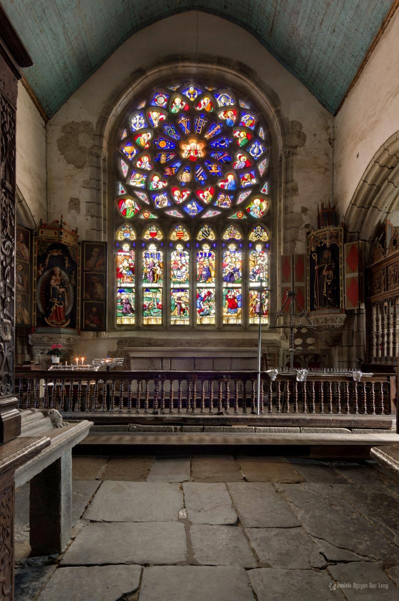 vitrail de la chapelle latérale G