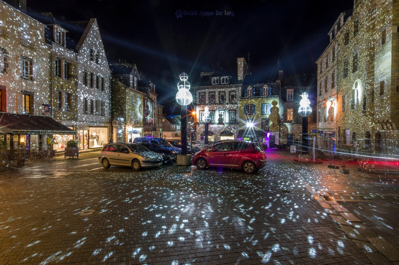 Bretagne, décorations noël landerneau, finistère, illuminations ville de Landerneau, Landerneau, les bonhommes de neige de Landerneau, pont de Rohan de nuit à Landerneau, pont de Rohan illuminé, Pont de Rohan Landerneau