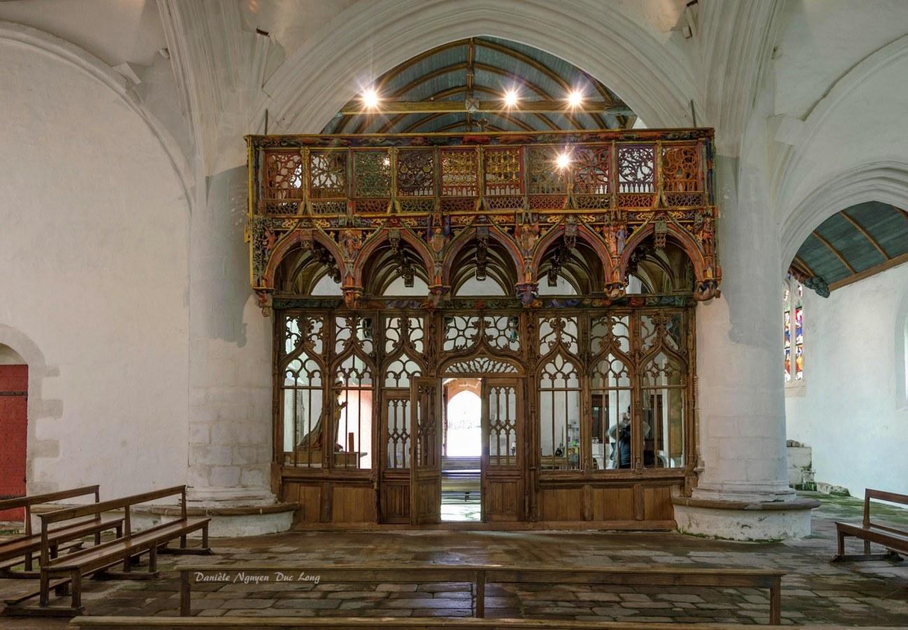 Chapelle Saint-fiacre Le Faouët, Bretagne, le jubé en bois polychrome côté choeur