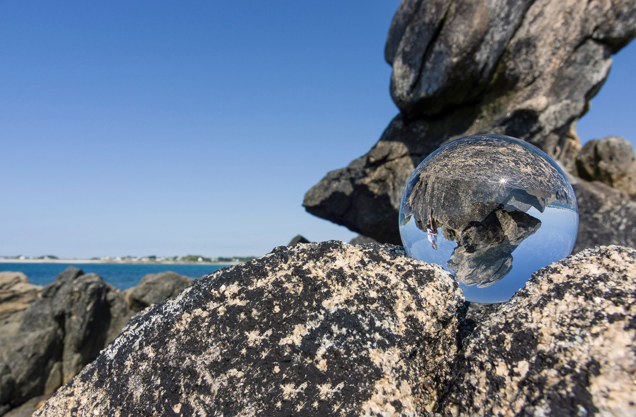 boule de cristal rocher au curnic à Guissény