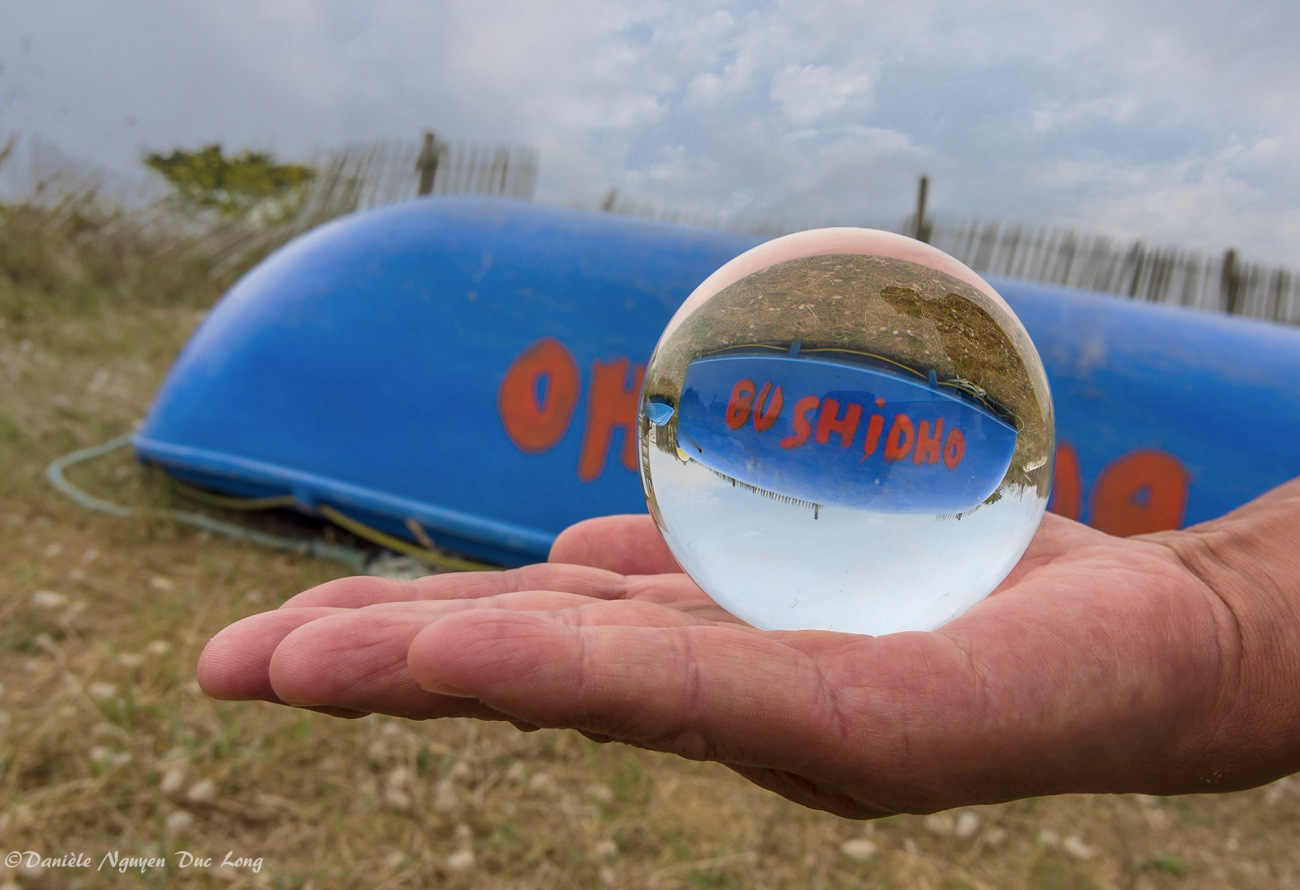 boule de cristal Bushido annexe Brignogan