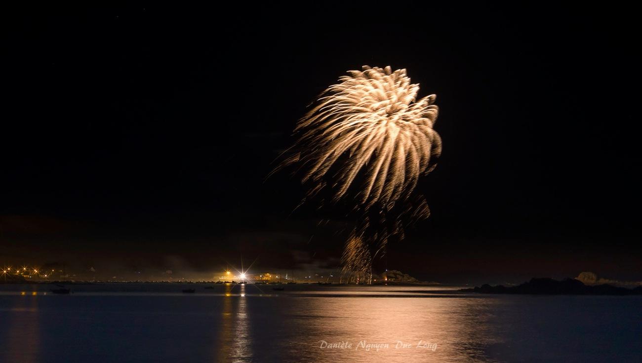 feu d'artifice port de Korejou 50 ans SMSN, Plouguerneau, Bretagne, finistère